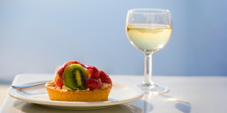 Como escolher um vinho para acompanhar sobremesas?