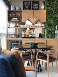 Modelo de bar e adega desenvolvido por Rafael Samman