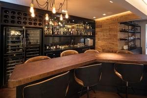 Modelo de bar e adega desenvolvido por Shirley Proença Studio 2
