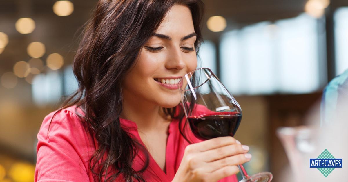 O que realmente muda quando o vinho está na temperatura certa?